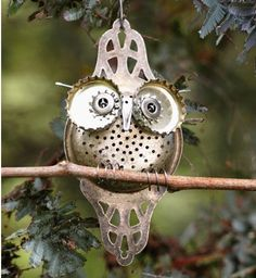 upcycle your beer bottle lids -  like this owl! bottl lid, owl, bottle cap art, beer bottles, beer bottle caps
