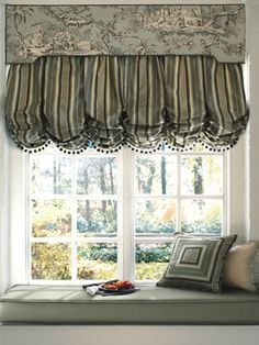 Window Treatments: How to choose the right Scale & Proportion, correct length for Pleats, Tieback placement and proportion, etc..  -  an entire page of extremely helpful tips & guidelines!