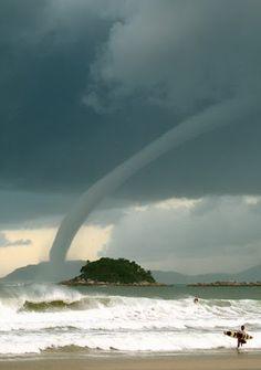 Waterspout, Australia