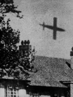 View of a V-1 rocket in flight, London during the war. ca. 1944.