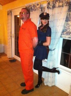 Cute couple costume idea!