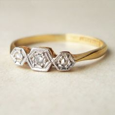 Even when the diamonds are small, when it is stylish like this art-deco piece, it still seems luxurious.