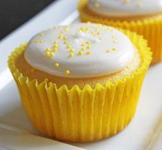 Healthy Cake Recipes: Low Calorie Lemon Soda Cupcakes