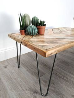 "Chevron Coffee Table ""KALASABA"" in natural finish with Hairpin Legs - Reclaimed Wood, Modern Boho, Herringbone Design"
