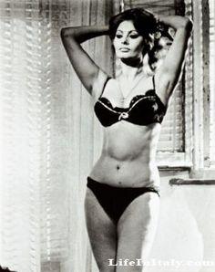 Sophia Loren, eternally hot.