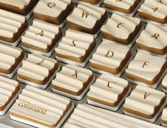 Check Out This Awesome Keyboard Made of Wood