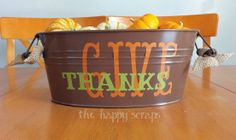 Quick, easy and inexpensive Thanksgiving Centerpiece. #thehappyscraps