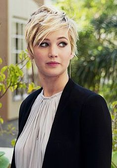 Short Hair Inspiration - Jennifer Lawrence!  Lina Salon in West Bloomfield, MI is a full-service salon that offers waxing, nail services, makeup, and much more! Call (248) 539-9090 for an appointment!