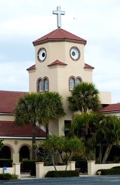 This church looks like a chicken.