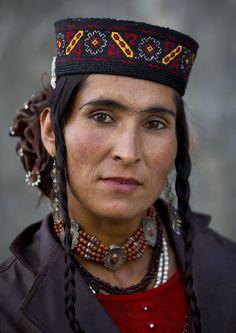 China | Tajik woman in Tashkurgan (in the mountains near Pakistan), Xinjiang. | © Eric Lafforgue