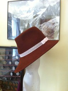 Stylish Vintage Style Vagabond Brown Hat for Women by chuchuny