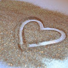 gold glitter, glitter heart