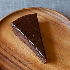 Chocolate & Cabernet Sauvignon Italian Cake Recipe