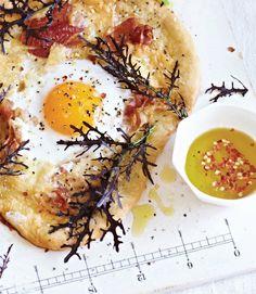 Sweet Paul's Duck Egg & Pancetta Pizza #eggs