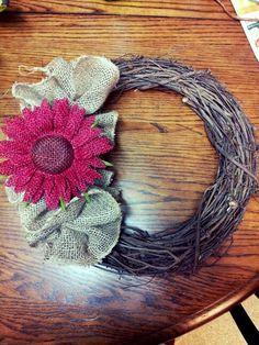 Diy grapevine wreath with burlap and burlap flower