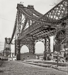 Terrific photo of the Williamsburg Bridge from Brooklyn, under construction 1902.  @A Lifetime Legacy