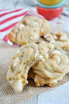 White Chocolate Macadamia Nut Cookies | www.somethingswanky.com