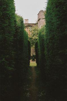 :: Garden Wedding