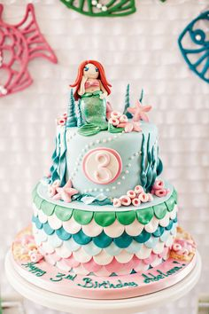 """Mermaid Kisses & Starfish Wishes"" Under the Sea Birthday Party // Hostess with the Mostess®"