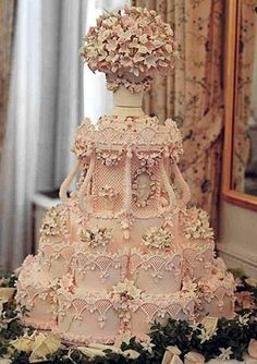"oh my.  Amazing ""ice pink"" wedding cake by the renowned Cile Bellefleur Burbidge -- so intricate!  OMG!!!!!  Too pretty to eat"