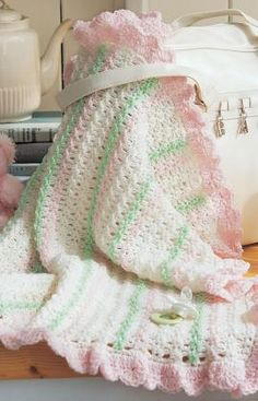 Crochet baby blanket...free pattern