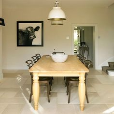 Dining room | West Sussex home | House tour | PHOTO GALLERY | 25 Beautiful Homes | Housetohome.co.uk