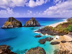 Top 10 Secluded Beaches of the World. This one is in Brazil.