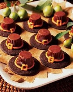 Peanut Butter Cup Pilgrim Hats  #thanksgiving #food #foods #pie #pies #cake #cakes #holiday #holidays #dinner #snacks #dessert #desserts #turkey #turkeys #comfortfood #yum #diy #party #great #partyideas #family #familytime #gmichaelsalon #indianapolis #fun #unique #recipes www.gmichaelsalon.com thanksgiving thanksgiving ideas thanksgiving food thanksgiving deserts