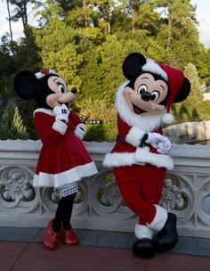 Santa Mickey and Minnie.