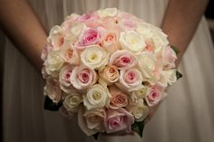 Bouquet of roses (available all year)