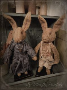 Set of Standing Primitive Rabbits, Sweet Bunnies! https://www.facebook.com/pages/Starr-Mountain-Primitives/228548684018