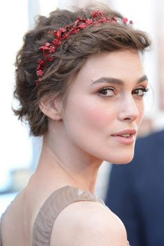 Braided hairstyle - Keira Knightly looks beautiful.
