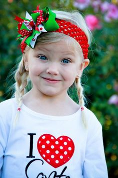 Christmas-Hair-Bows-for-Girls