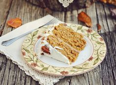 Caramel Pumpkin Italian Cream Cake // #desserts #recipes