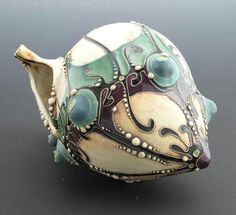 Exquisite lampwork bead --