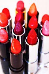 Feminization Hypnosis, all feminized transvestites must wear lipstick