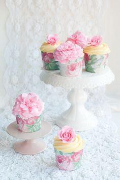 Ispahan Cupcakes —click through for recipe  -Lulu's Sweet Secrets
