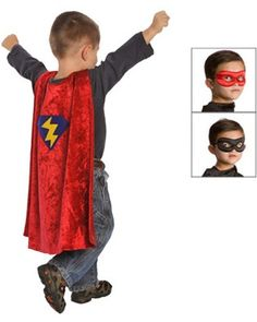 A reversible mask and velvet cape will make your son or daughter feel like a real superhero. This kit is perfect for dress-up pretend play or Halloween! Click above to buy it.