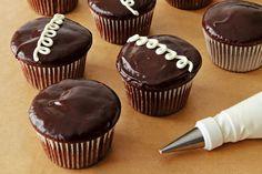 DIY Hostess Cupcakes