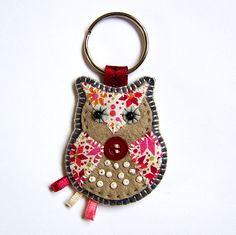 So adorable! Owl Keyring ... Bag Charm