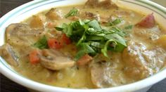 Hearty Mushroom & Potato Soup