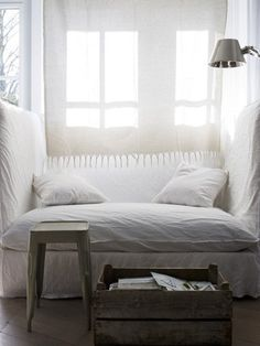 comfy nook in white