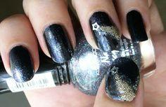 Shooting Star Nail Art with Micro/Caviar Beads #nails #nailart