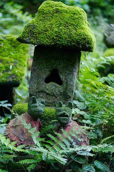 Stone Foxes, Sasuke Inari shrine, Japan.