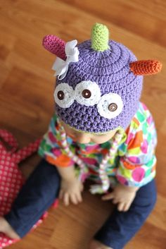 Get creative and crazy with your kids. This is a free crochet pattern for a monster hat shared by Lauren of Daisy Cottage Designs.