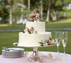 wedding+cake+table+decorations | ... cake, how to decorate a wedding cake, wedding cake table decorations