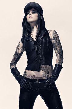 Sheesh.. #girls #inked #tattoo