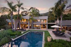 Whitehead/Bay Residence by Jan R. Hochhauser