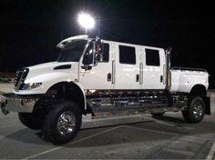 Big big truck. I love this thing