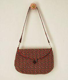 Two Way Clutch. red, clutch pattern, clutch sew, sew pattern, sewing patterns